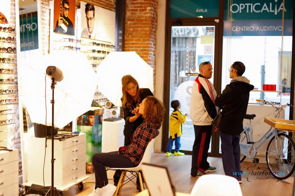Evento: Opticalia Ávila Air Optix Colors